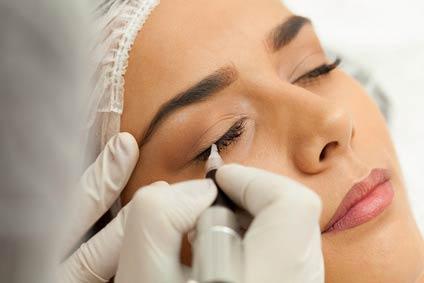 makijaz permanentny oka