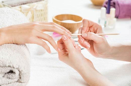 Zabieg - manicure hybrydowy