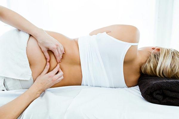 Masaż kręgosłupa w ciąży