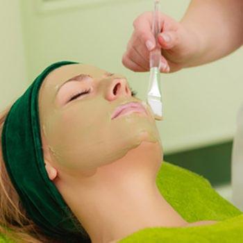 zabiegi relaksacyjne na twarz