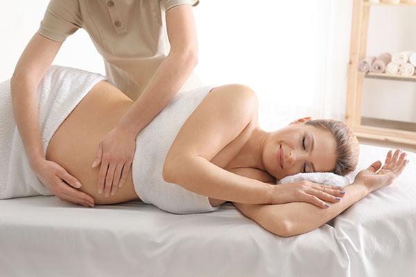 Masaż dla kobiet w ciąży - idealnie przywraca siły witalne