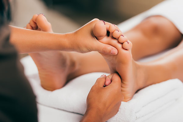Masaż stóp - ukojenie i ukrwienie Twoich zmęczonych stóp
